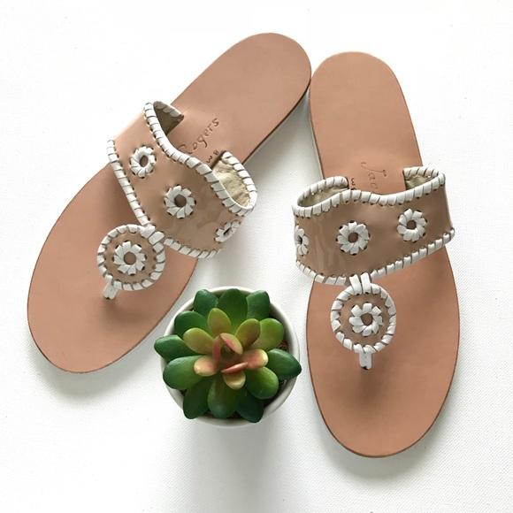 Jack Rogers black Patent w/ leather flower Cluster Woman's Shoes sz 7M